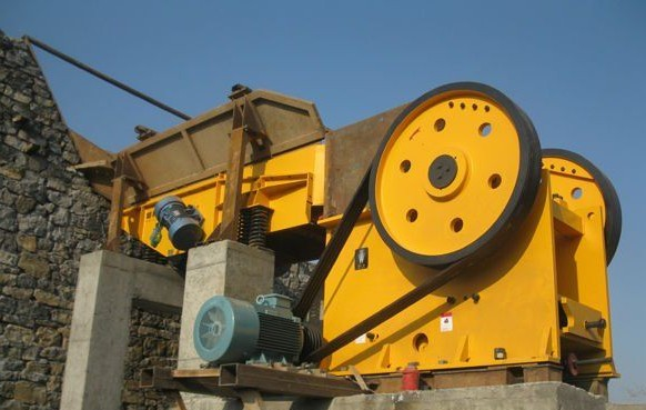 Shanghai DMAN New-type PE Jaw Crusher Working Site